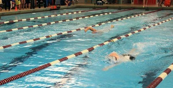 Hamline swimmers compete in November's Grace Goblirsch Invite, where the Pipers men's team scored 484 points and placed second in the six-team field. The women's team scored 120 points and placed fifth in the seven-team field.