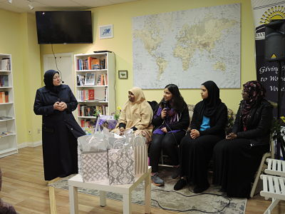 Tamara Gray leads a discussion about women's leadership in Islam with MSA presidents from ACTC schools.