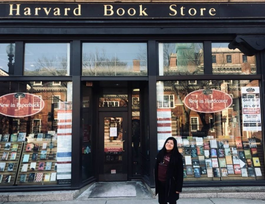 Bonete+stands+in+front+of+Harvard+Book+Store%2C+on+her+trip+to+Cambridge%2C+Mass.%2C+for+LEAD.