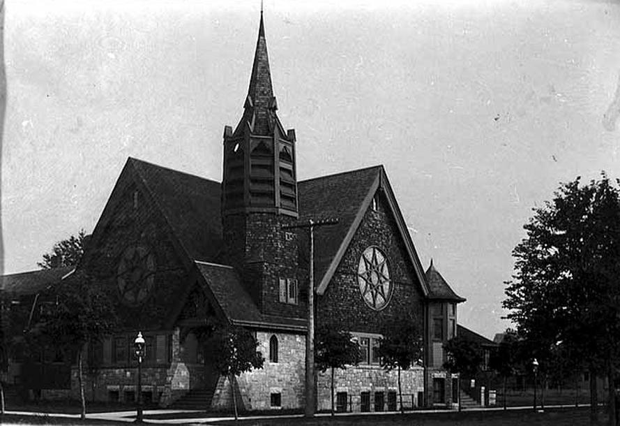 The Hamline Methodist Episcopal Church prior to the 1925 fire.