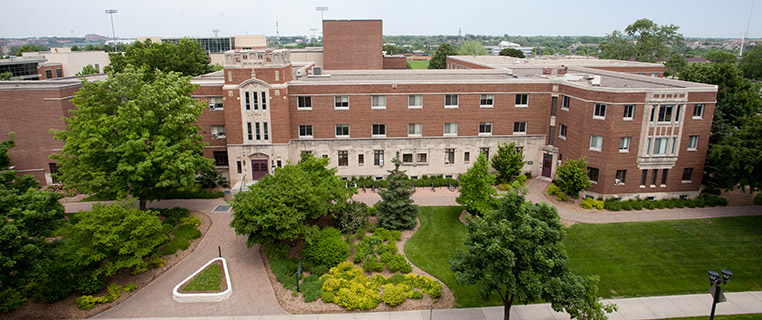 As of March 25, students have been encouraged to spend the rest of the semester living at home or in other off-campus housing if able. Food and access to residence buildings will continue to remain open for students who rely on it for housing, but Hamline is moving to minimize the on-campus population as much as possible.