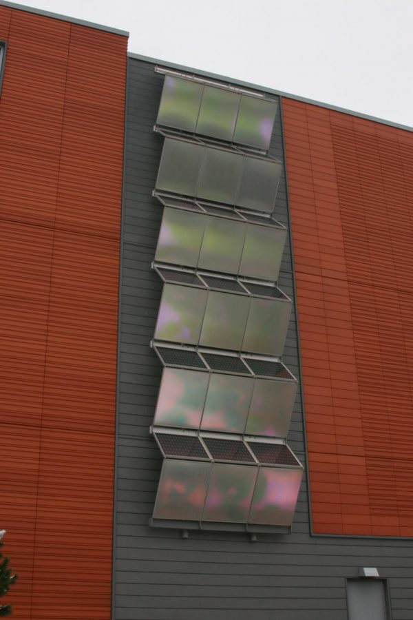 The solar panels on the Anderson Center showing how Hamline is trying to be sustainable