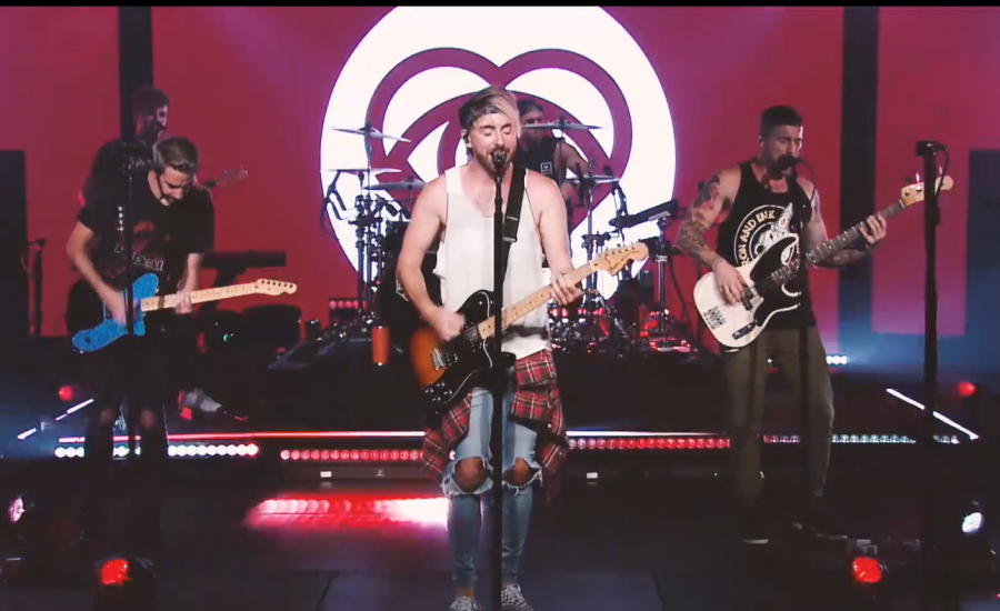 All Time Low performing on Oct. 23 for their second virtual concert show. From Left to Right: Touring member Dan Swank, guitarist Jack Barakat, vocalist Alex Gaskarth, drummer Rian Dawson and bassist Zack Merrick.