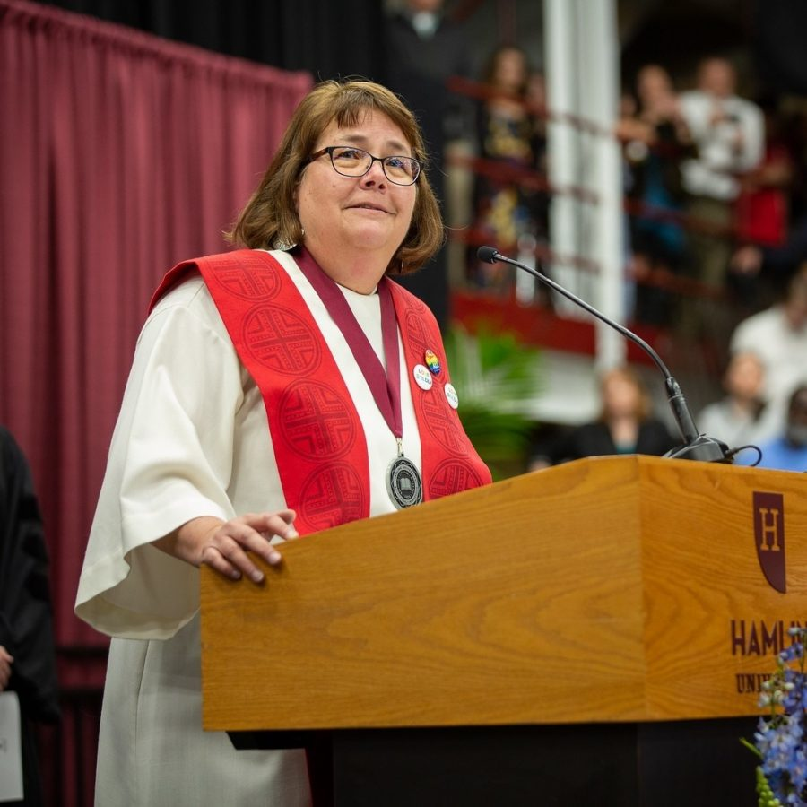 Courtesy+of+Nancy+VictorinChaplain+Nancy+Victorin-Vangerud+receives+the+Wesley+Award+at+a+commencement+ceremony.%0A