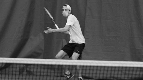 Sophomore Dom Warzecha played in the ITA bracket as the #2 doubles team along with sophomore Isaac Hultberg. The pair fell to a Bethel team in the first round.